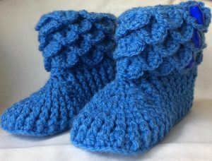 Crochet booties in blue