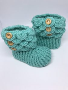 Crochet booties in green